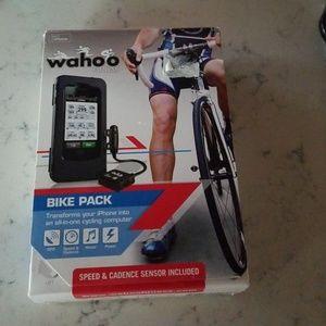 Wahoo fitness bike pack women or men's